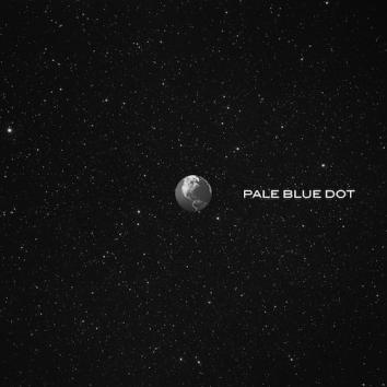THOMAS WILLIAMS - PALE BLUE DOT